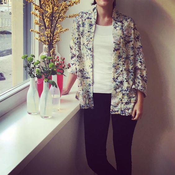 Die luftige Kimonojacke von Amaia sieht auch in echt einfach nur zum Verlieben aus