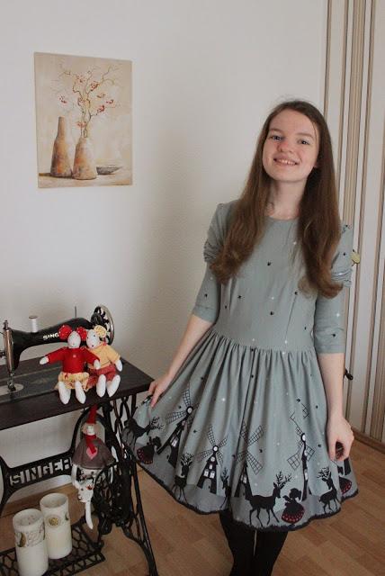 Langärmliges Weihnachtskleid von Luisa von Lichtstaubmelodie