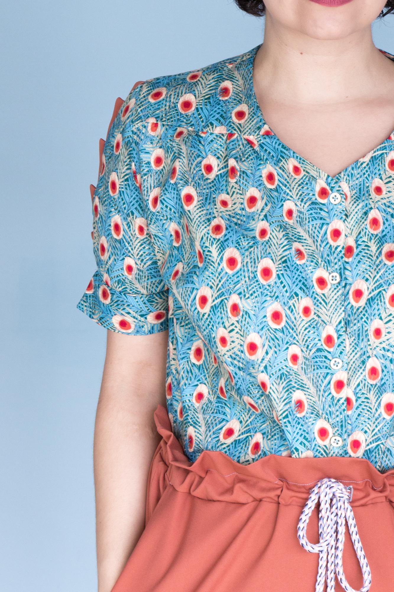 Keats Bluse von Dessine Moi un Patron und Spring Shorts vom Peppermint Mag - Tweed & Greet