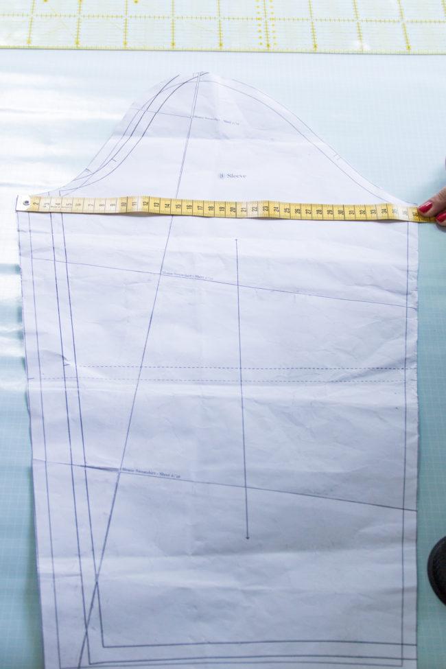 Ärmelbreite am Schnittmuster kontrollieren - Tweed & Greet