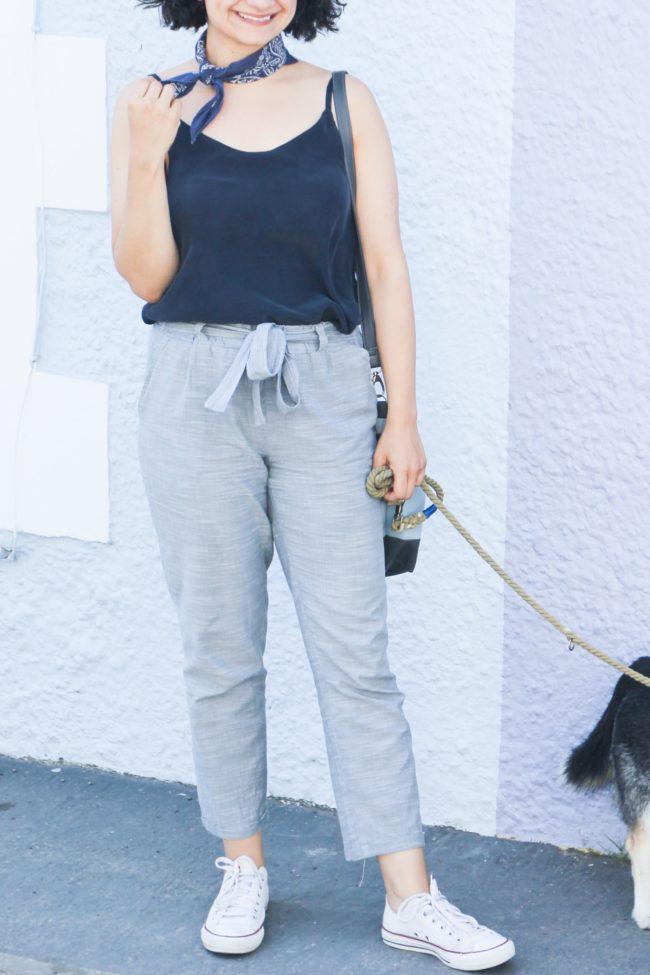 Schnittmuster für sommerliche Hose mit Schleife am Bund selbernähen - Hose Wrapped Schnittduett aus Chambray