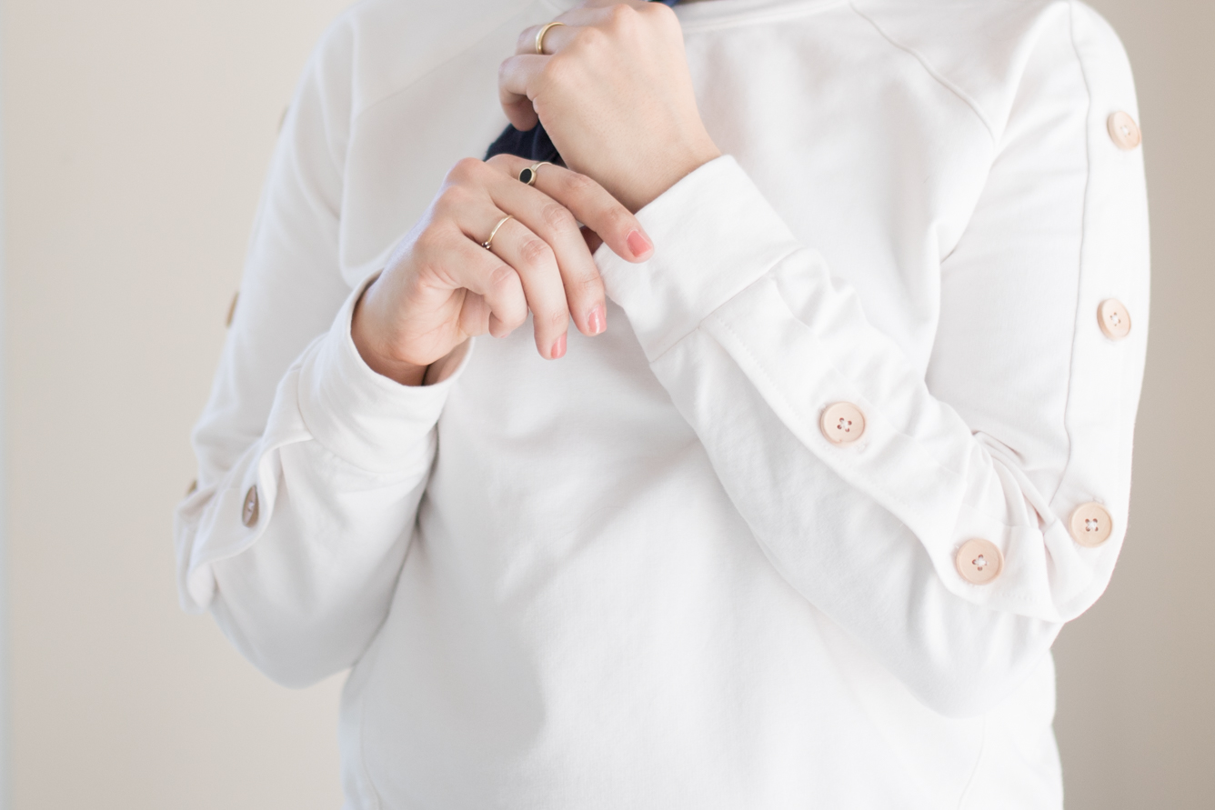 Schnittmuster Raglansweater Wrapped - Knopfleiste an Ärmel nähen Pattern hack - Tweed & Greet