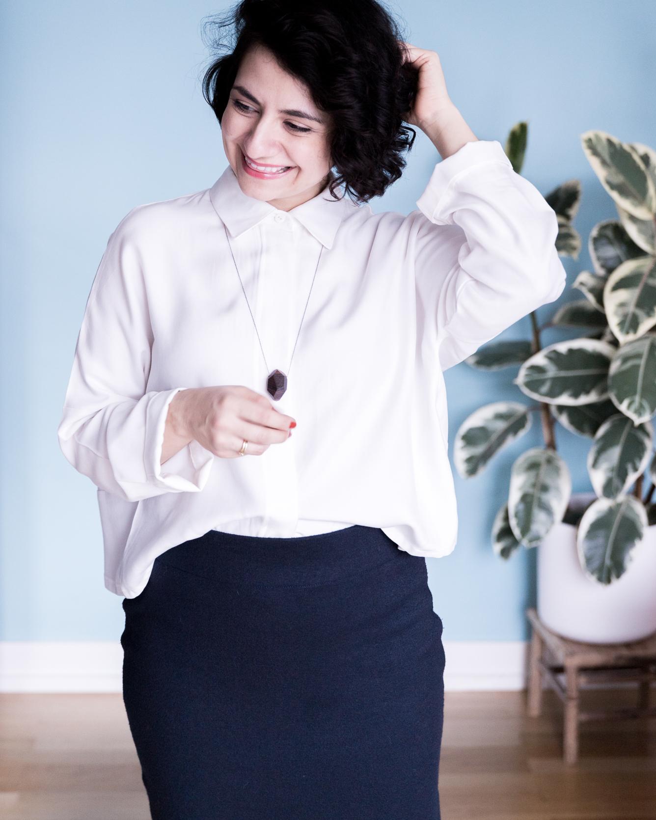 Outfit Bleistiftrock aus Strick und Schnittmuster Oversize Bluse Cocoon von Schnittduett