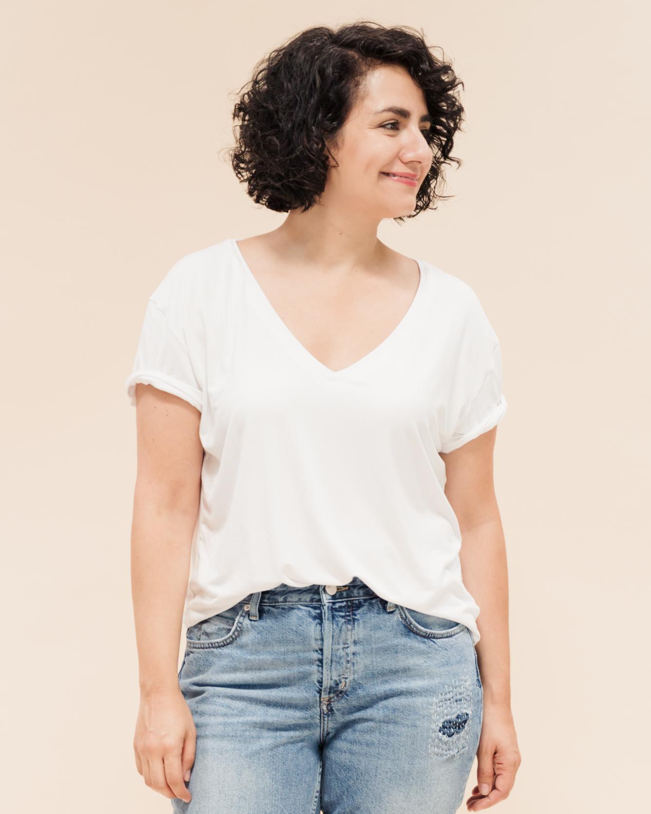 Schnittmuster T-Shirt mit V-Ausschnitt nähen - Schnittduett