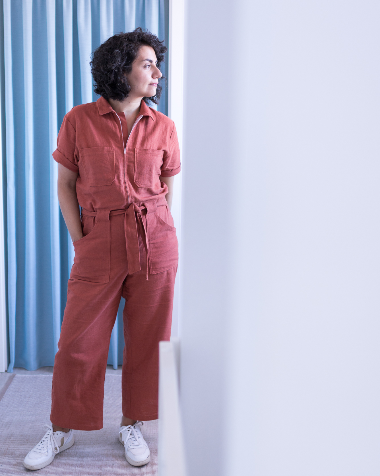 Blanca Flightsuit Schnittmuster aus orangem Leinen - Tweed & Greet