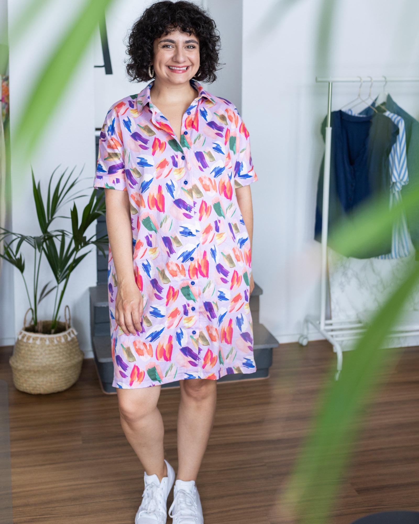 Blusenkleid nähen - Schnittmuster Blusenkleid Cocoon von Schnittduett - Katie Kortman Art Paint Splashes lilac cotton Sateen - Tweed & Greet